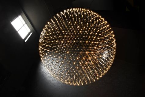 Moooi Raymond Light by Raymond Puts