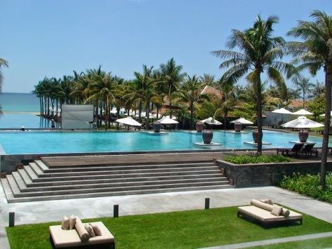 the-nam-hai-resort