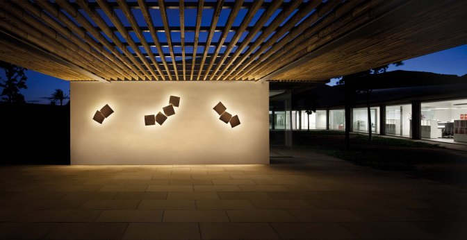 TOP 10 MOST BEAUTIFUL AND TRENDY WALL LAMPS OF 2014